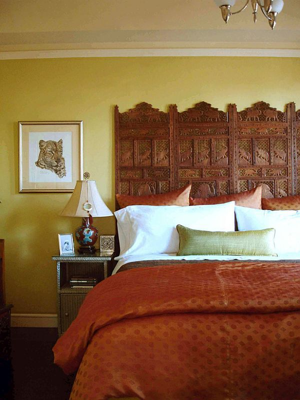 Carved screen used as a headboard #headboard #bedroom #homedecor #decoratingideas #decorhomeideas