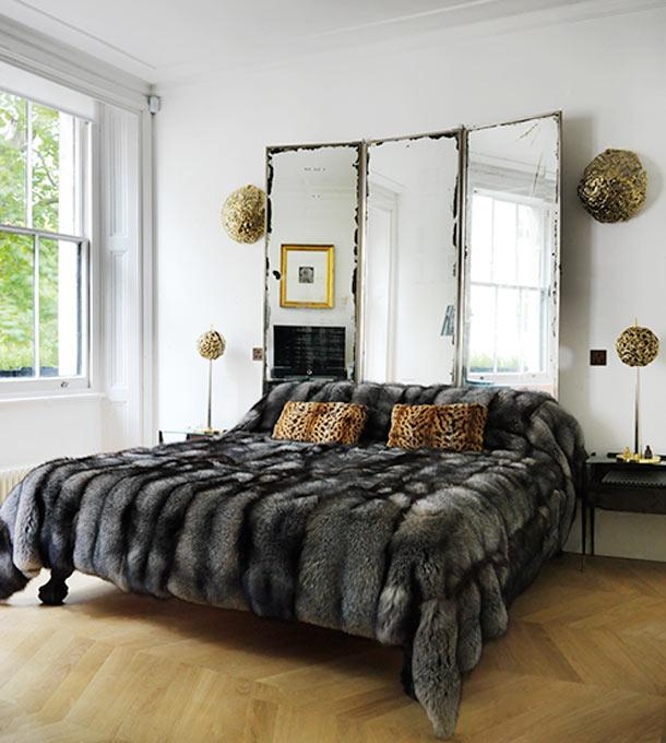 Mirrors used as a headboard #headboard #bedroom #homedecor #decoratingideas #decorhomeideas