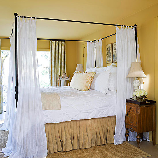 Four-poster bed #bedroom #canopy #homedecor #decoratingideas #furniture #decorhomeideas