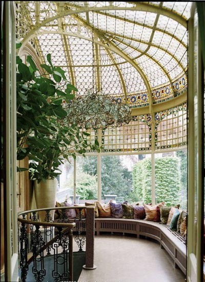 Exquisite sunroom