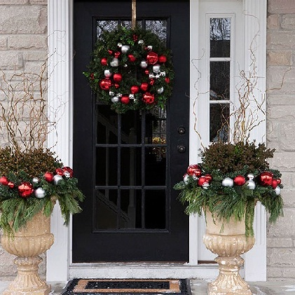 christmas front door decorationsChristmas Front Door Decorating Ideas