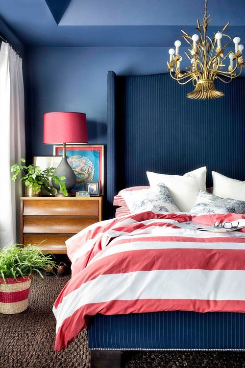 Bedroom in red, white, and blue