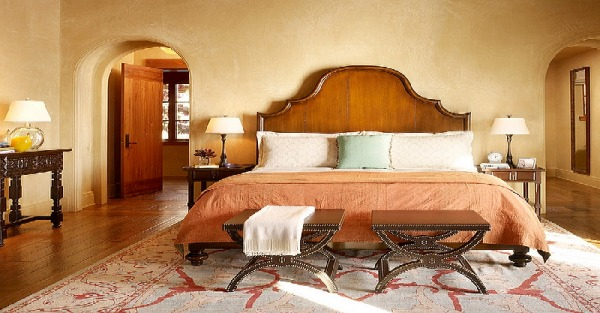 Bedroom with a Mediterranean vibe