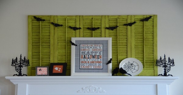 Halloween Ideas for the Fireplace Mantel