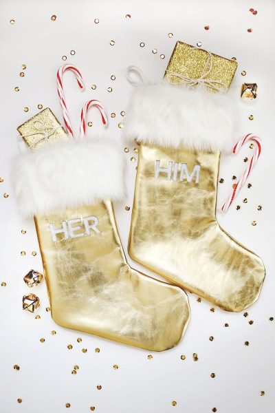 Admirable DIY gold Christmas stocking #christmas #christmasdecor #decoration #christmasdecorations #decoratingideas #festive #decorhomeideas