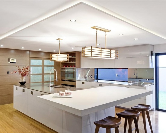 Clean white sleek design japanese kitchen #kitchen #furniture #interiordesign #kitchenisland #seating #homedecor #decorhomeideas