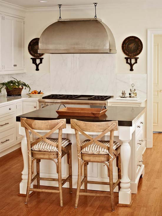 Rustic styled kitchen #kitchen #furniture #interiordesign #kitchenisland #seating #homedecor #decorhomeideas