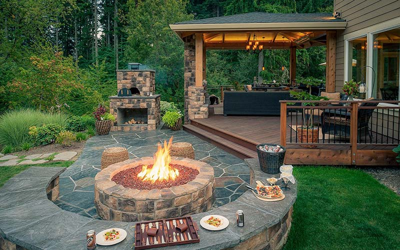 Fire pit in an outdoor patio