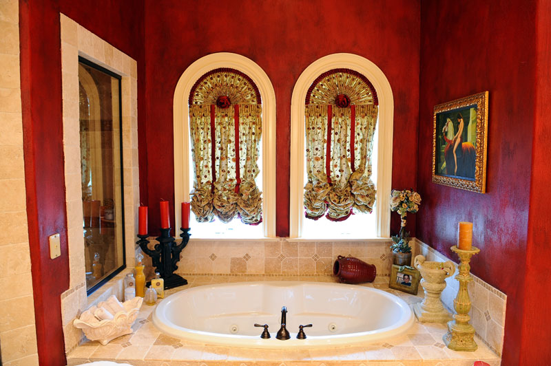 Exotic rustic red bathroom #redbathroom #bathroom #bathroomdesign #bathroomideas #bathroomreno #bathroomremodel #decorhomeideas