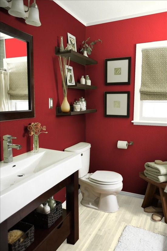 Small red bathroom with decorations #redbathroom #bathroom #bathroomdesign #bathroomideas #bathroomreno #bathroomremodel #decorhomeideas