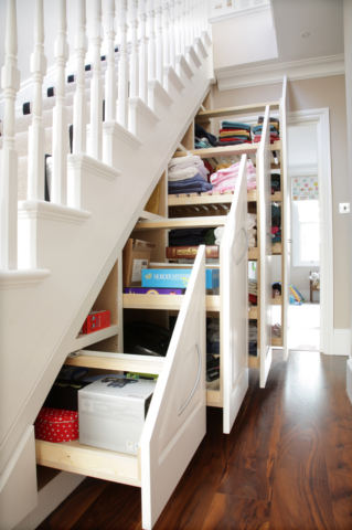 Creative under stairs storage cabinets #diy #storage #organization #organize #decoratingideas #homedecor #decorhomeideas