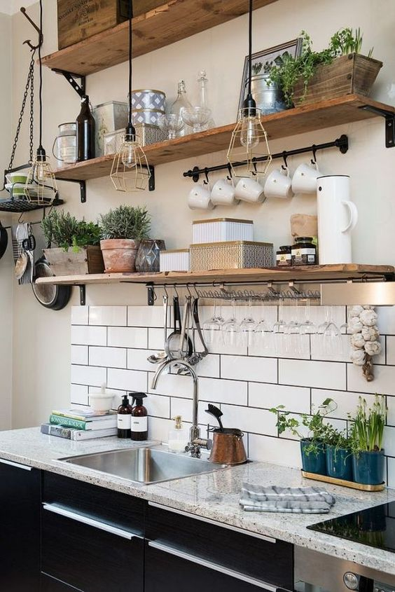 Open wood storage idea with diy shelves. #kitchen #storage #organization #cupboards #cabinets #shelves #decoratingideas #decorhomeideas #drawer