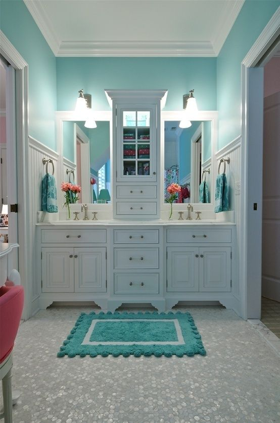 Blue bathroom decor idea #bathroom #bathroomdesign #bathroomideas #bathroomreno #bathroomremodel #decorhomeideas