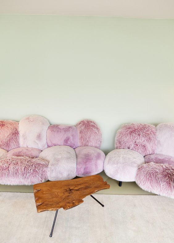 lovely pink couch decor idea