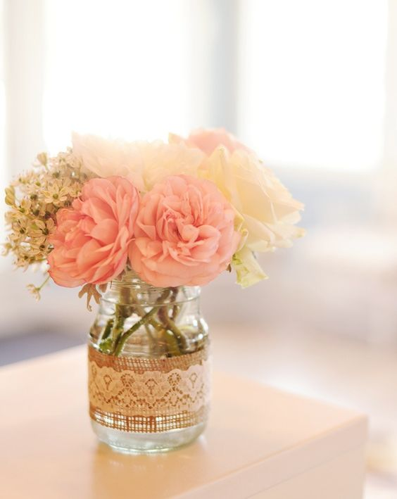 burlap and lace wedding jar idea