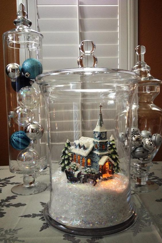 Christmas apothecary jar decor idea #xmas #x-mas #christmas #christmasdecor #christmasjars #jars #decoration #christmasdecorations #decoratingideas #festive #decorhomeideas