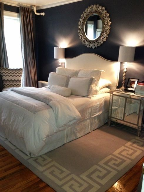 Classic white headboard idea #headboard #bedroom #homedecor #decoratingideas #decorhomeideas