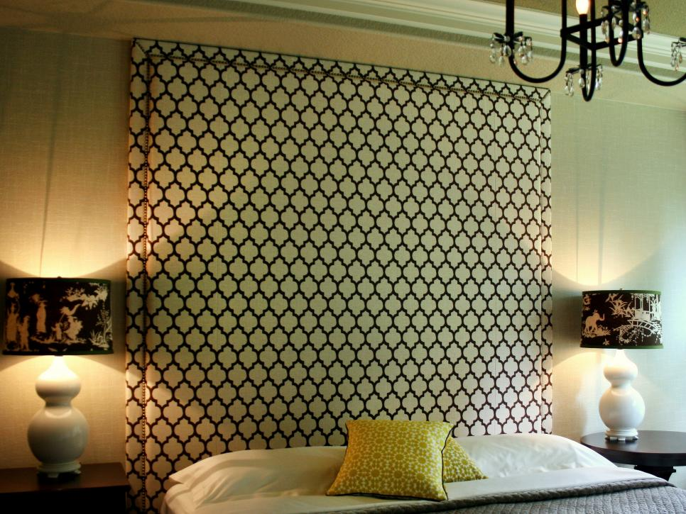 Full height headboard idea #headboard #bedroom #homedecor #decoratingideas #decorhomeideas