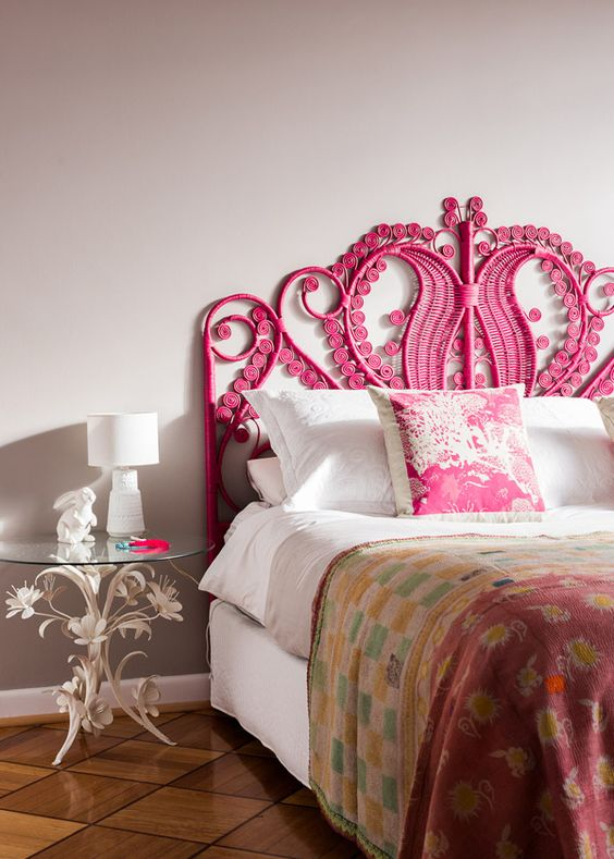 Great pink headboard style #headboard #bedroom #homedecor #decoratingideas #decorhomeideas