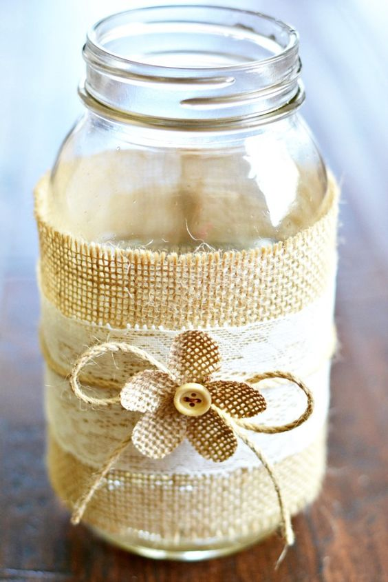 Lovely jar decor idea #jars #recycledjars #decoratingideas #homedecor #decorating #diy #home #decorhomeideas