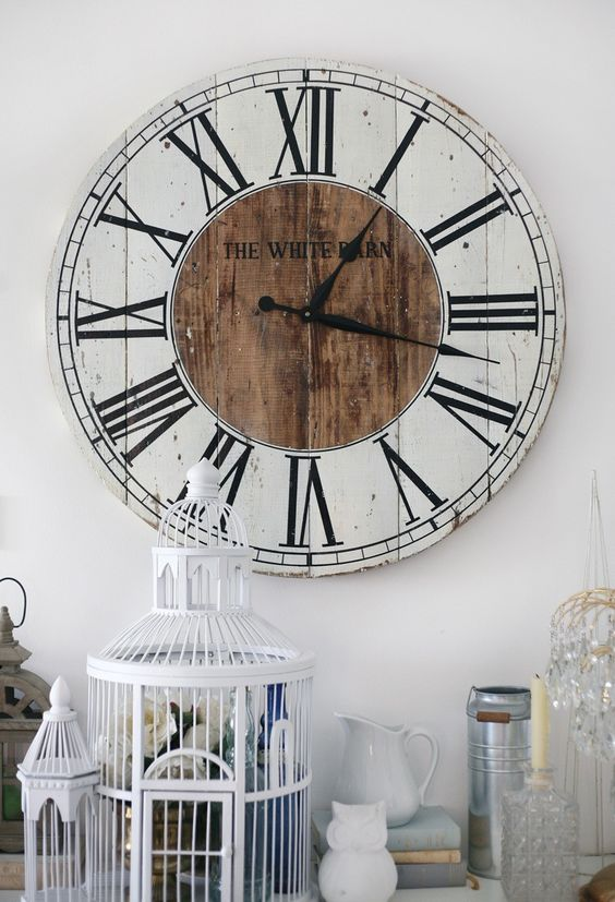 Lovely pallet made clock idea #pallet #diy #pallets #furniture #makeover #repurpose #wooden #wood #decoratingideas #decorhomeideas