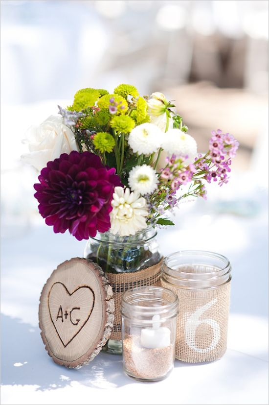 lovely rustic wedding jar idea