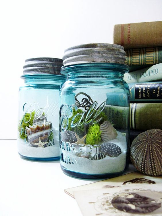 Mason jar terrarium idea #jars #recycledjars #decoratingideas #homedecor #decorating #diy #home #decorhomeideas