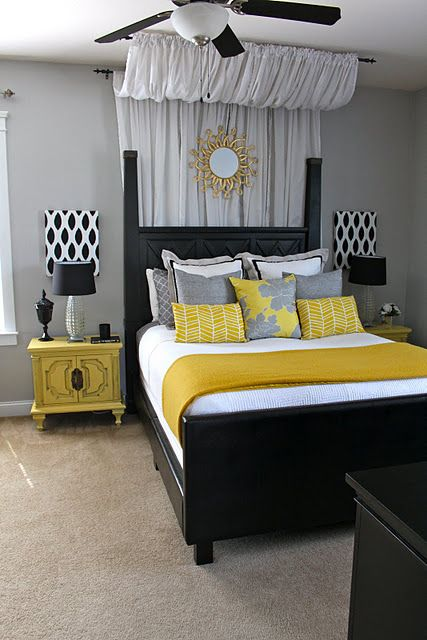 Pretty black headboard design idea #headboard #bedroom #homedecor #decoratingideas #decorhomeideas