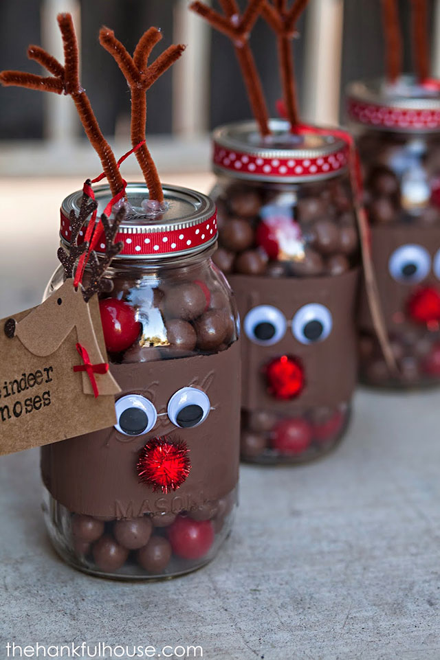 reindeer noses jar decor idea