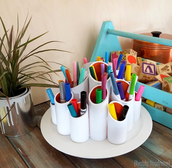 Rotating craft caddy pvc pipes idea #diy #pvcpipes #homedecor #decoratingideas #pvc #decorhomeideas