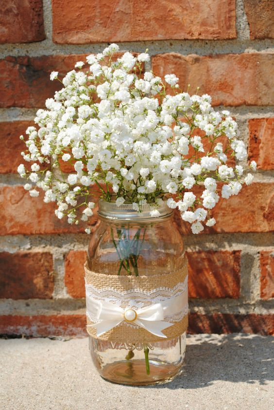 Rustic wedding lace jar idea #jars #diy #homedecor #wedding #decoratingideas #garden #outdoor #decorhomeideas