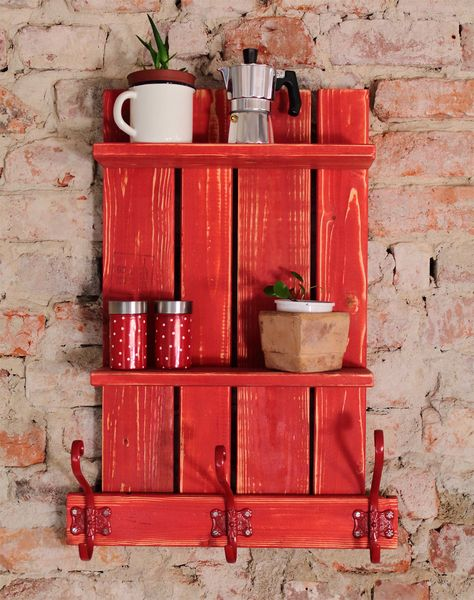 Shelves shabby chic style pallet made idea #pallet #diy #pallets #furniture #makeover #repurpose #wooden #wood #decoratingideas #decorhomeideas