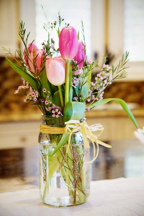 tulips wedding jar decor idea