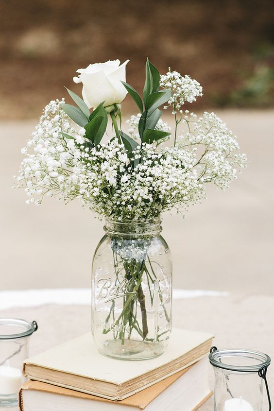Wedding mason jar white rose idea #jars #diy #homedecor #wedding #decoratingideas #garden #outdoor #decorhomeideas