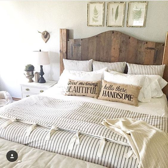 Wood pallet headboard idea #pallet #diy #pallets #furniture #makeover #repurpose #wooden #wood #decoratingideas #decorhomeideas
