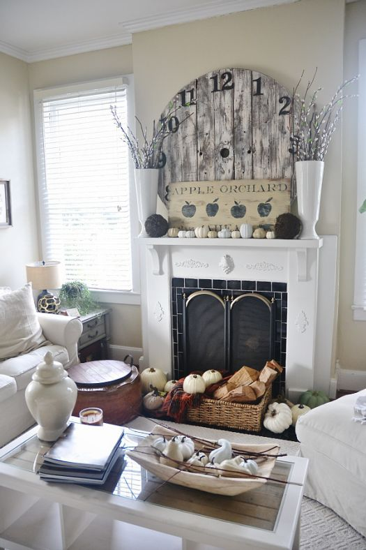 Fall mantel decor idea low cost #falldecor #mantel #manteldecor #homedecor #decoratingideas #decorhomeideas