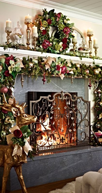 Glitter christmas mantel decoration idea #xmas #x-mas #christmas #mantel #homedecor #decoratingideas #festive #decorhomeideas