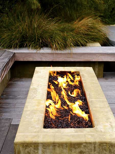 Outdoor fire pit design idea #firepit #exterior #patio #decoratingideas #cozy #decor #garden #backyard #fire #design #decorhomeideas