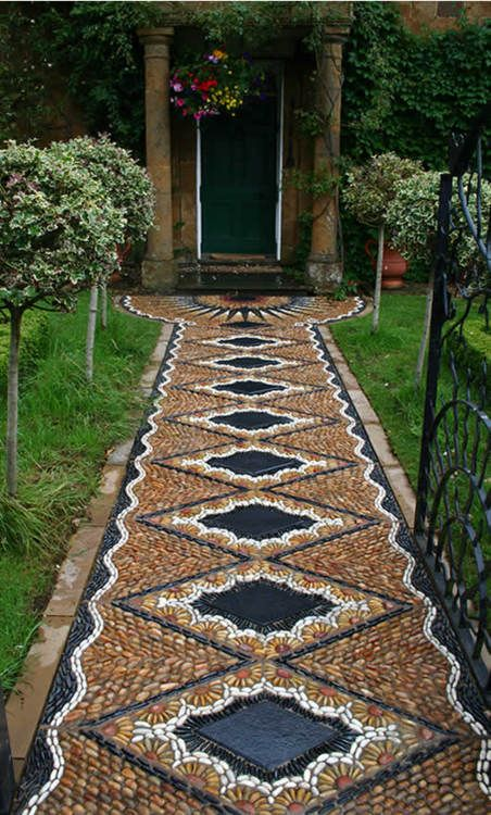 amazing stone carpet garden decoration idea
