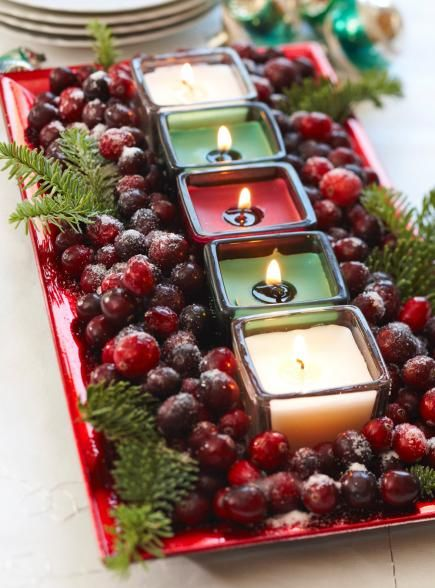 beautiful centerpiece table christmas decoration idea #Christmas #Christmasdecor #candles #centerpiece #decorhomeideas