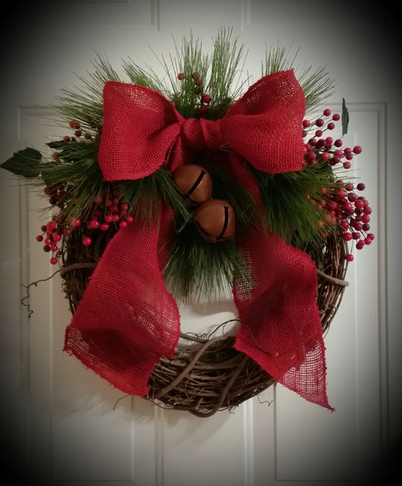 Christmas grapevine wreath primitive rustic traditional cranberry