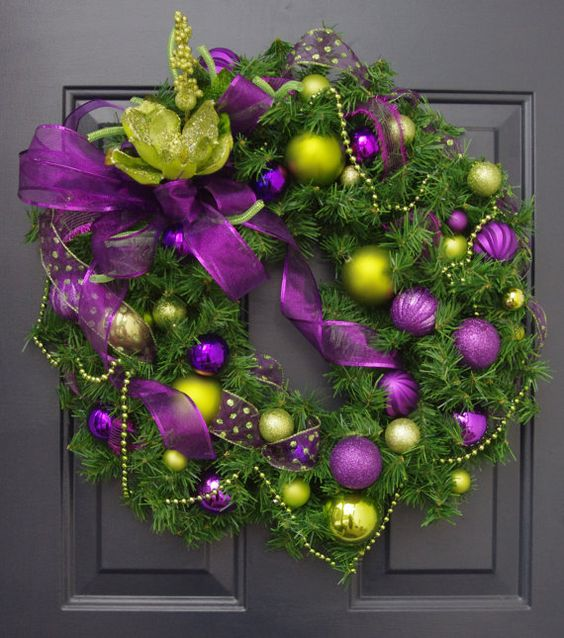 purple lime green balls Christmas wreath #diy #xmas #x-mas #christmas #wreath #christmasdecor #decoration #decoratingideas #festive #decorhomeideas