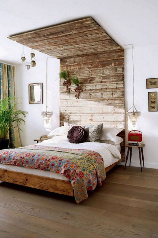 Rustic bedroom with wooden headboard #rustic #rusticdecor #rusticfarmhouse #homedecor #decoratingideas #decorhomeideas