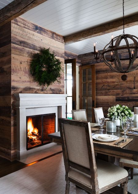 Rustic wooden walls decoration idea #rustic #rusticdecor #rusticfarmhouse #homedecor #decoratingideas #decorhomeideas