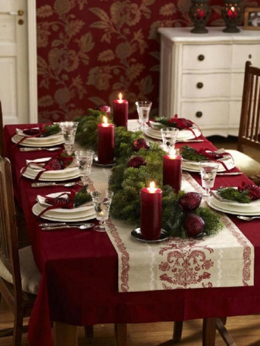 Stylish Christmas table setting idea #xmas #x-mas #christmas #tablesetting #homedecor #decoratingideas #centerpieces #festive #decorhomeideas