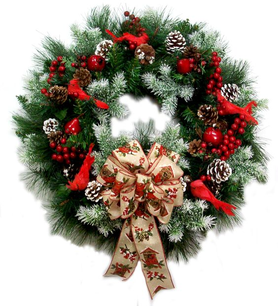 traditional Christmas wreath decoration idea #diy #xmas #x-mas #christmas #wreath #christmasdecor #decoration #decoratingideas #festive #decorhomeideas