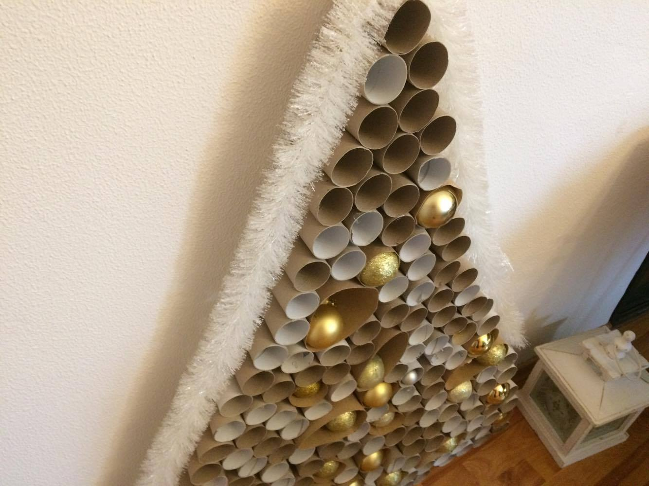 Paper christmas tree #diy #xmas #x-mas #christmas #christmasdecor #decoration #decoratingideas #festive #decorhomeideas