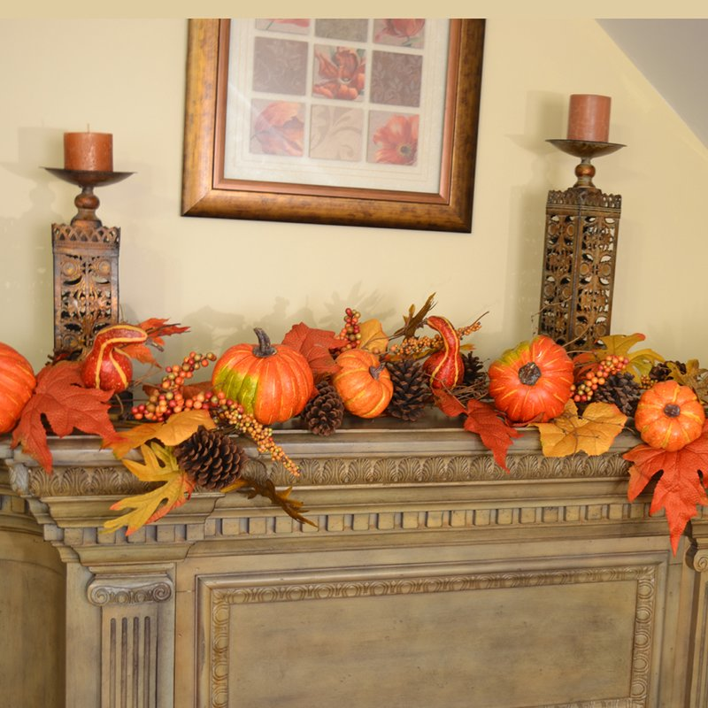 Thanksgiving decor with Pumpkin, Berry, Leaf, Garland