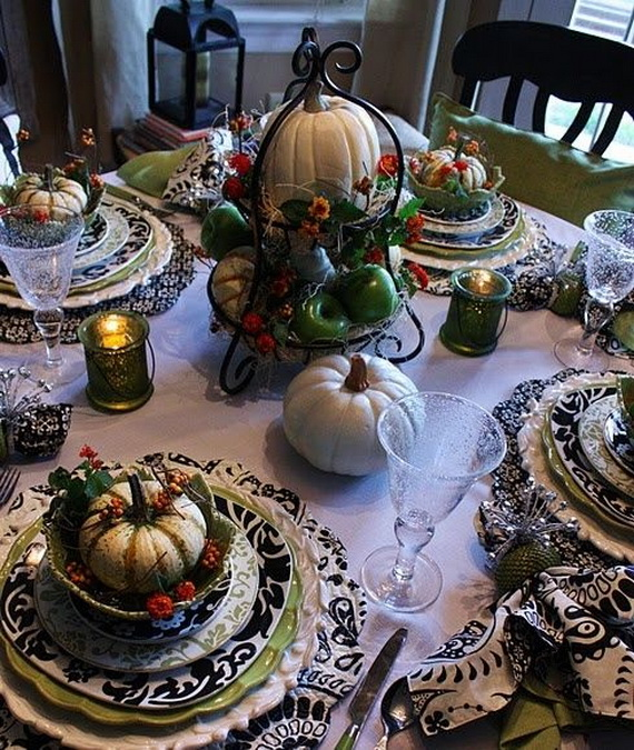 Elegant Thanksgiving table decor #tablesetting #homedecor #falldecor #decoratingideas #falldecorideas #ornaments #decorhomeideas