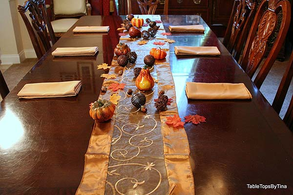 Thanksgiving table decor with golden cover